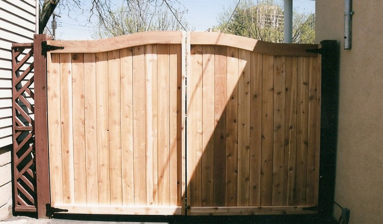 residential-fencing-gate-toronto
