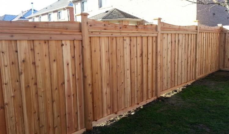 residential fencing frontyard