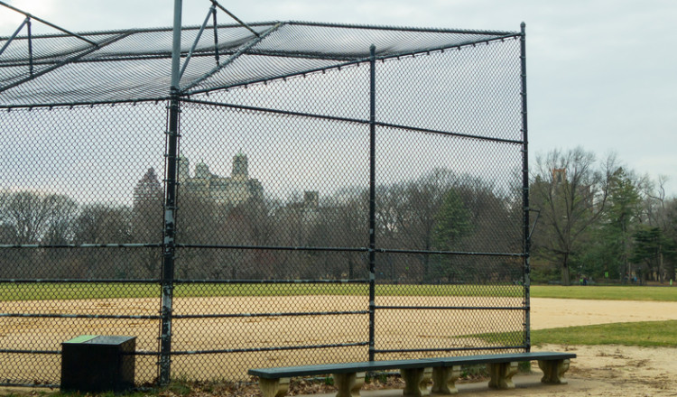 chain-link fence for basebal