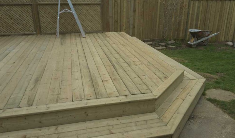 decks-custom-carpentry