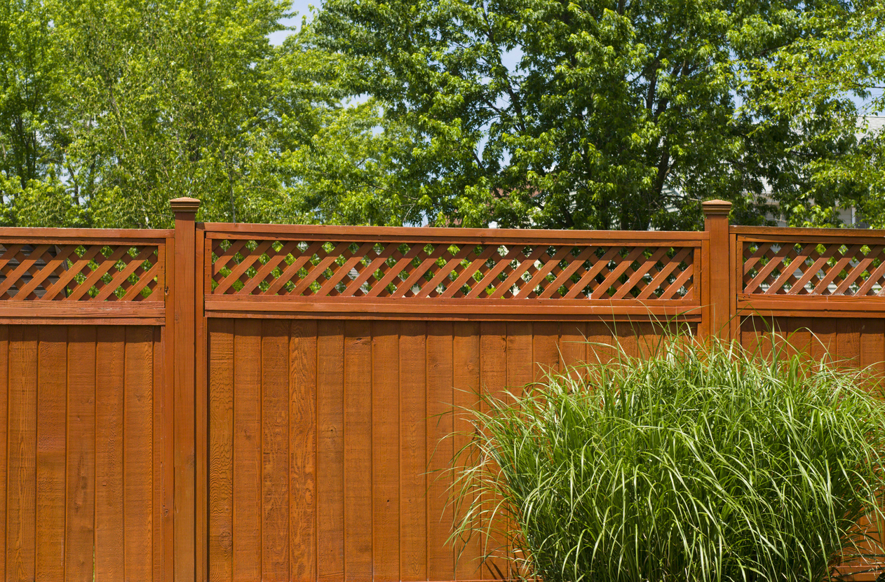 Waht Is The Best Outdoor Paint For Wood Fences